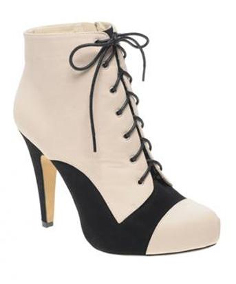 Sành điệu với giày bốt cột dây - 2