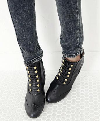 Sành điệu với giày bốt cột dây - 19