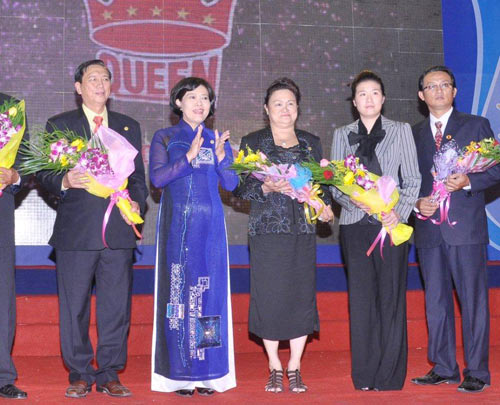 Kỷ niệm 30 năm thành lập Công ty nệm Vạn Thành - 3