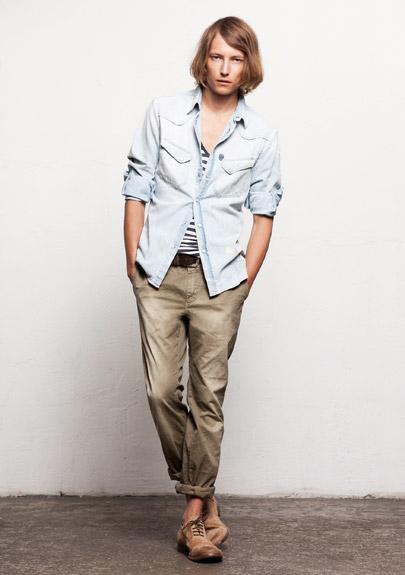 Kết hợp jeans và kaki phong cách - 20
