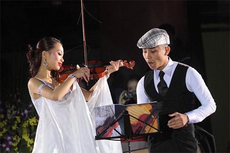 Kiện tướng dancesport Khánh Thi rớt nước mắt - 13