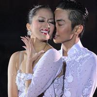 Kiện tướng dancesport Khánh Thi rớt nước mắt