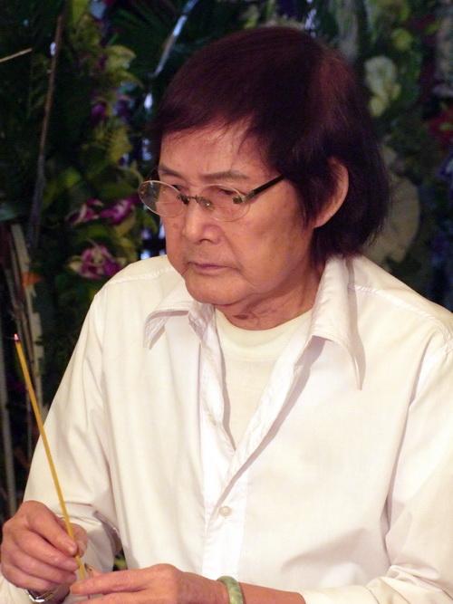 Nghệ sĩ đau buồn tiễn đưa Kim Ngọc - 11