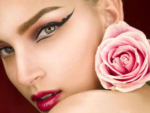 9 cách chăm sóc mắt đẹp cho giới công sở - 1