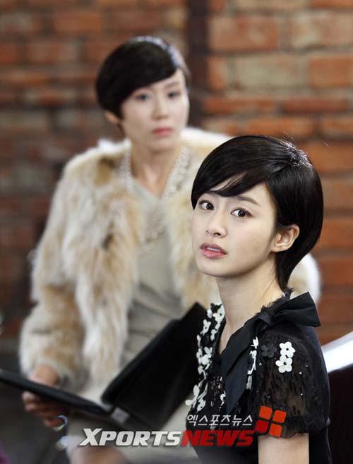"""Kim Tae Hee """"xuống tóc"""" lạ lẫm - 2"""