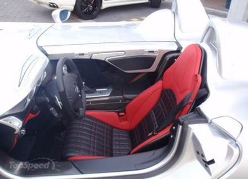 Siêu xe SLR McLaren Stirling Moss gần 21 tỷ VND - 4