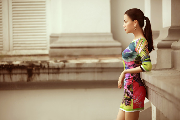 Diện váy ngắn yêu kiều như Trương Ngọc Ánh - 2