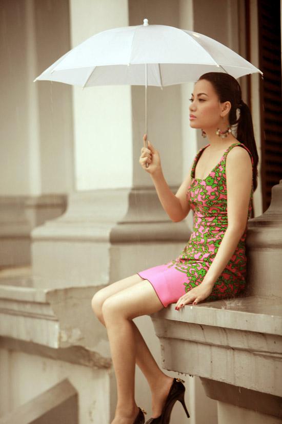 Diện váy ngắn yêu kiều như Trương Ngọc Ánh - 1