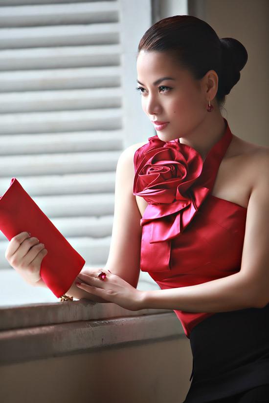 Diện váy ngắn yêu kiều như Trương Ngọc Ánh - 5