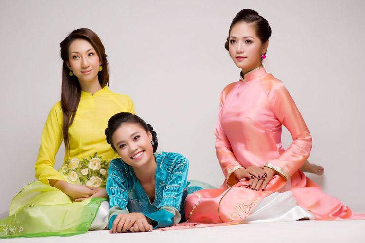Mặc áo dài Tết đẹp như sao Việt - 5
