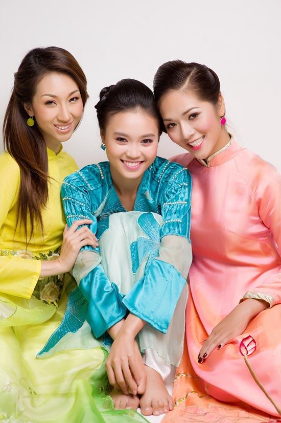 Mặc áo dài Tết đẹp như sao Việt - 8