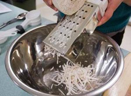 Nếm thử bánh khoai môn của người Hoa - 2