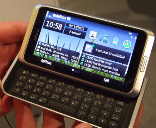 Công bố giá Nokia E7, lộ Nokia E6 - 1