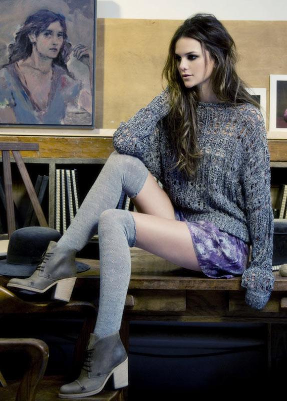 8 cách mix áo len phóng túng và cá tính - 3