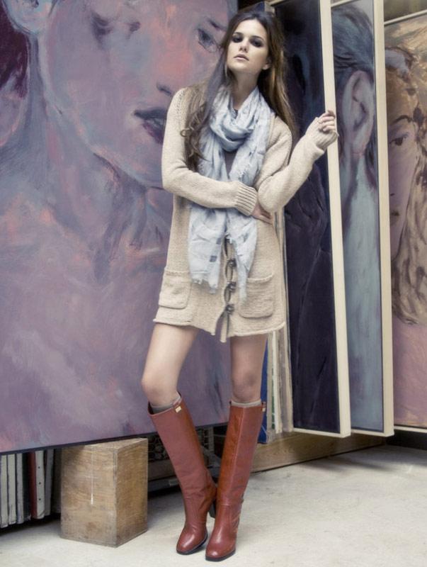 8 cách mix áo len phóng túng và cá tính - 8