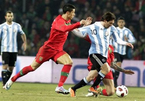"""Video Argentina – Bồ Đào Nha: Messi """"đấu súng"""" CR7 - 1"""