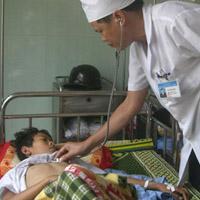 Dịch sốt phát ban và sốt virus bùng phát
