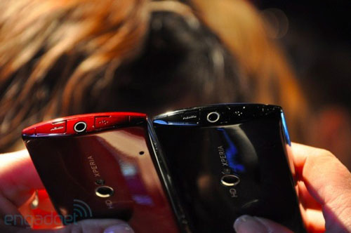 Sony Ericsson Xperia Neo và Pro tại MWC 2011 - 4