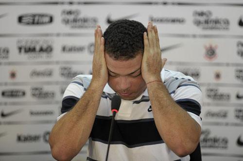 Ronaldo: Huyền thoại và những giọt nước mắt - 2