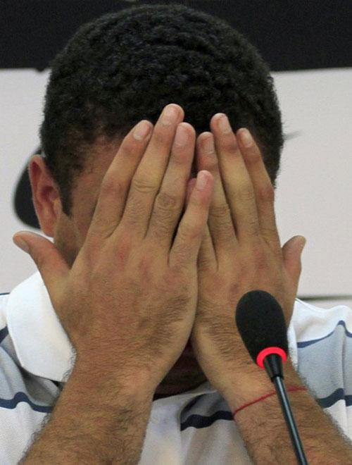 Ronaldo: Huyền thoại và những giọt nước mắt - 3
