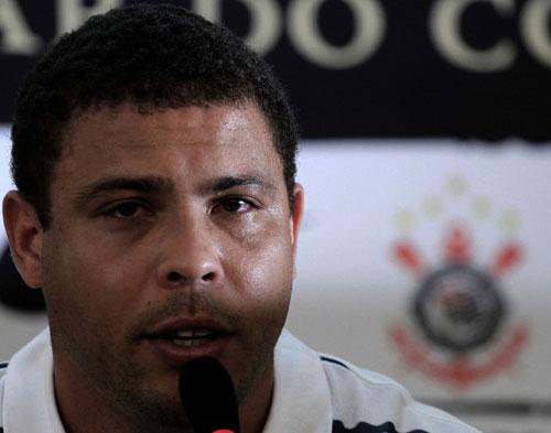 Ronaldo: Huyền thoại và những giọt nước mắt - 4