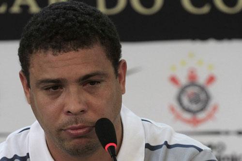 Ronaldo: Huyền thoại và những giọt nước mắt - 5