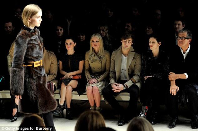 Sao thời trang hội tụ tại show Burberry - 10