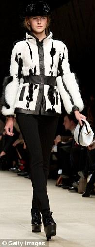 Sao thời trang hội tụ tại show Burberry - 12