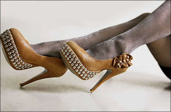 Giày cao gót cho cô nàng cô sở chịu chơi - 21