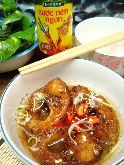 Trời lạnh nấu cá lóc kho tiêu - 2