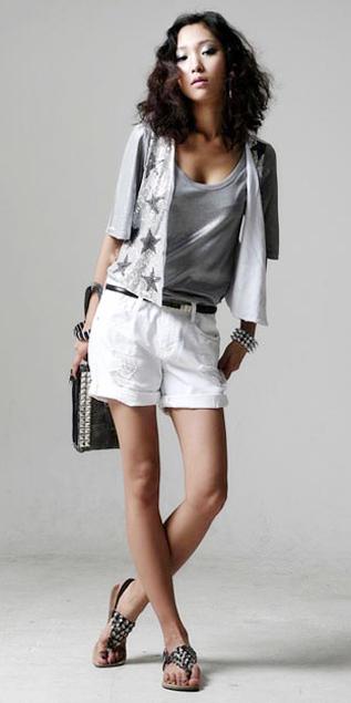 Cách phối đồ năng động với quần jeans - 3