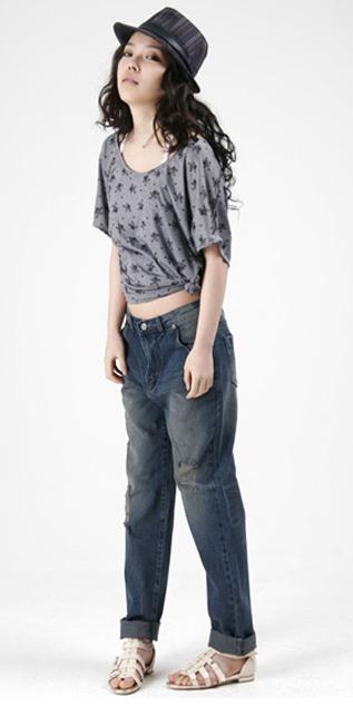 Cách phối đồ năng động với quần jeans - 12