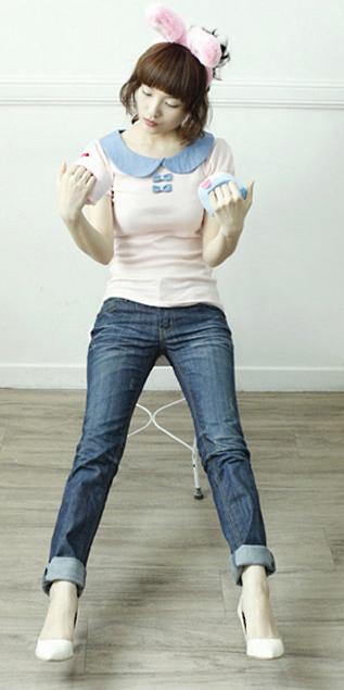Cách phối đồ năng động với quần jeans - 21