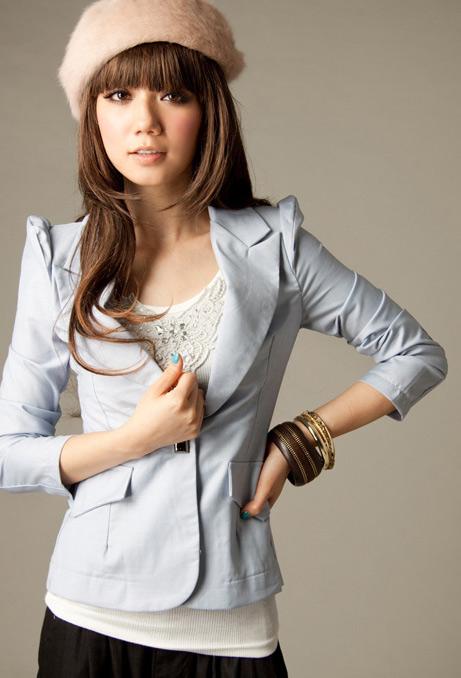 Bí quyết diện vest đẹp cho nữ công sở - 5