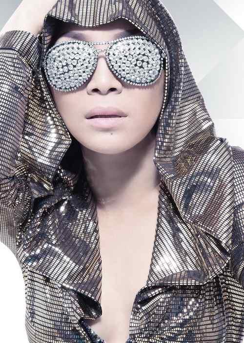 Hồng Ngọc đa phong cách trong album mới - 4