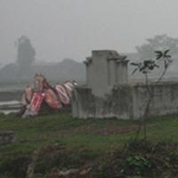 Những tin đồn rùng rợn nơi mộ cô gái trẻ