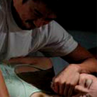 Hiếp dâm tập thể một phụ nữ trung niên