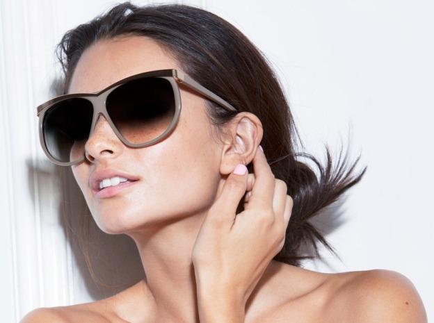 Victoria Beckham ra mắt bộ kính sành điệu - 4