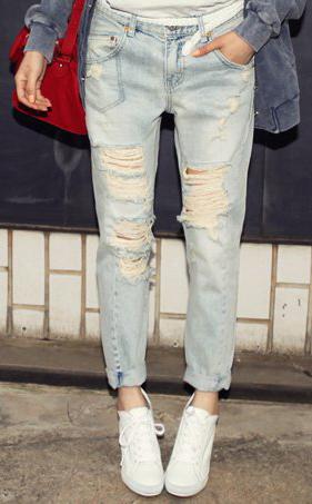 Mẹo mặc quần jeans rách tới công sở - 7