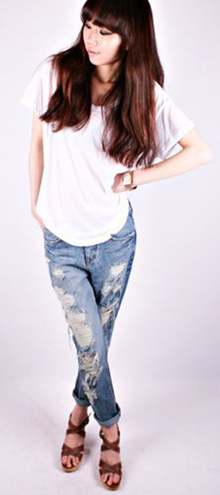 Mẹo mặc quần jeans rách tới công sở - 2