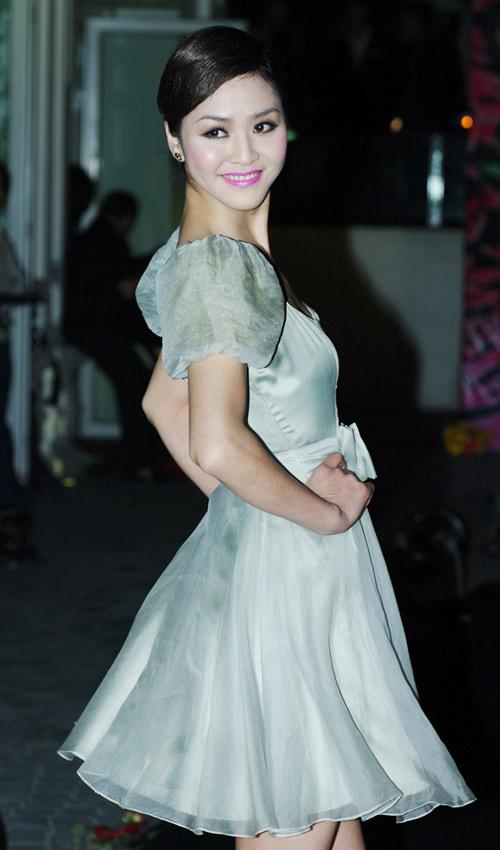 Hồng Quế xinh đẹp trong váy voan mỏng - 7
