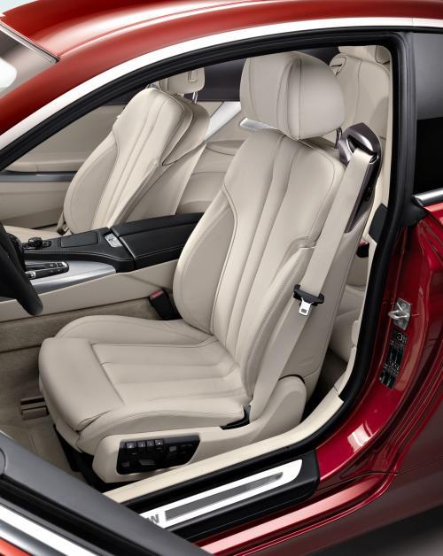 Đánh giá BMW 6-Series Coupe 2012 - 12
