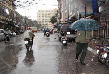 Rộ tin đồn mưa axit ở miền Bắc - 1