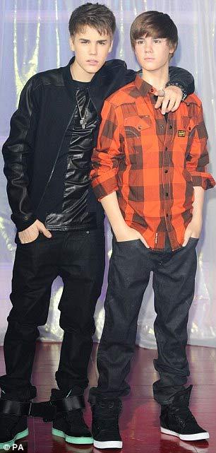 Justin Bieber có 'anh em sinh đôi' - 2