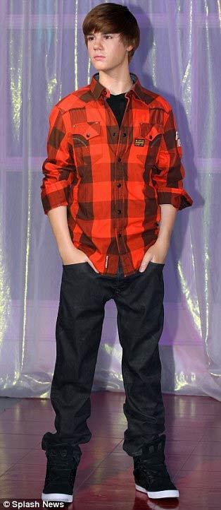 Justin Bieber có 'anh em sinh đôi' - 7