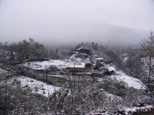 Chùm ảnh: Tuyết rơi đầy ở Lào Cai - 2