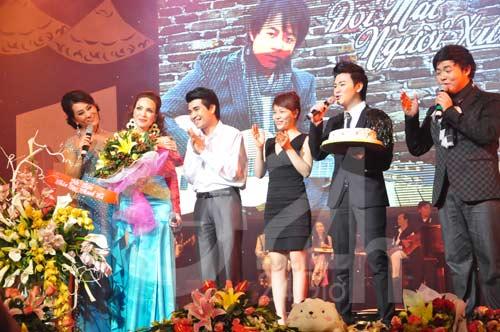 Nghe Quang Lê hát rồi… phê - 6