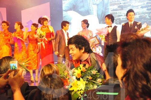 Nghe Quang Lê hát rồi… phê - 12