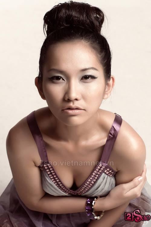 Kim Hiền sexy với vai trần - 4