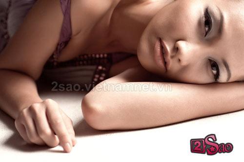 Kim Hiền sexy với vai trần - 7